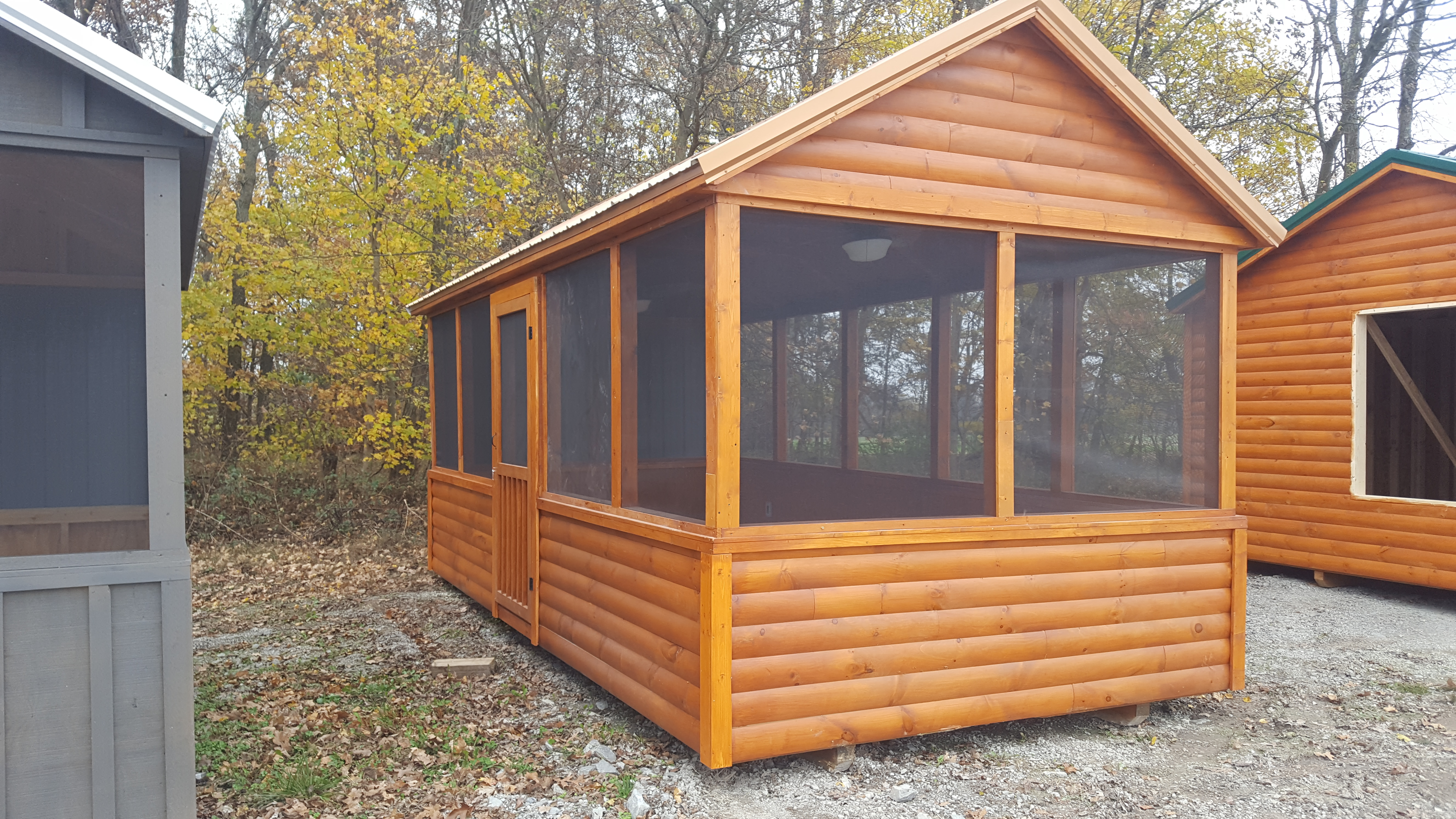 10×20 Deluxe Screened Pavilion