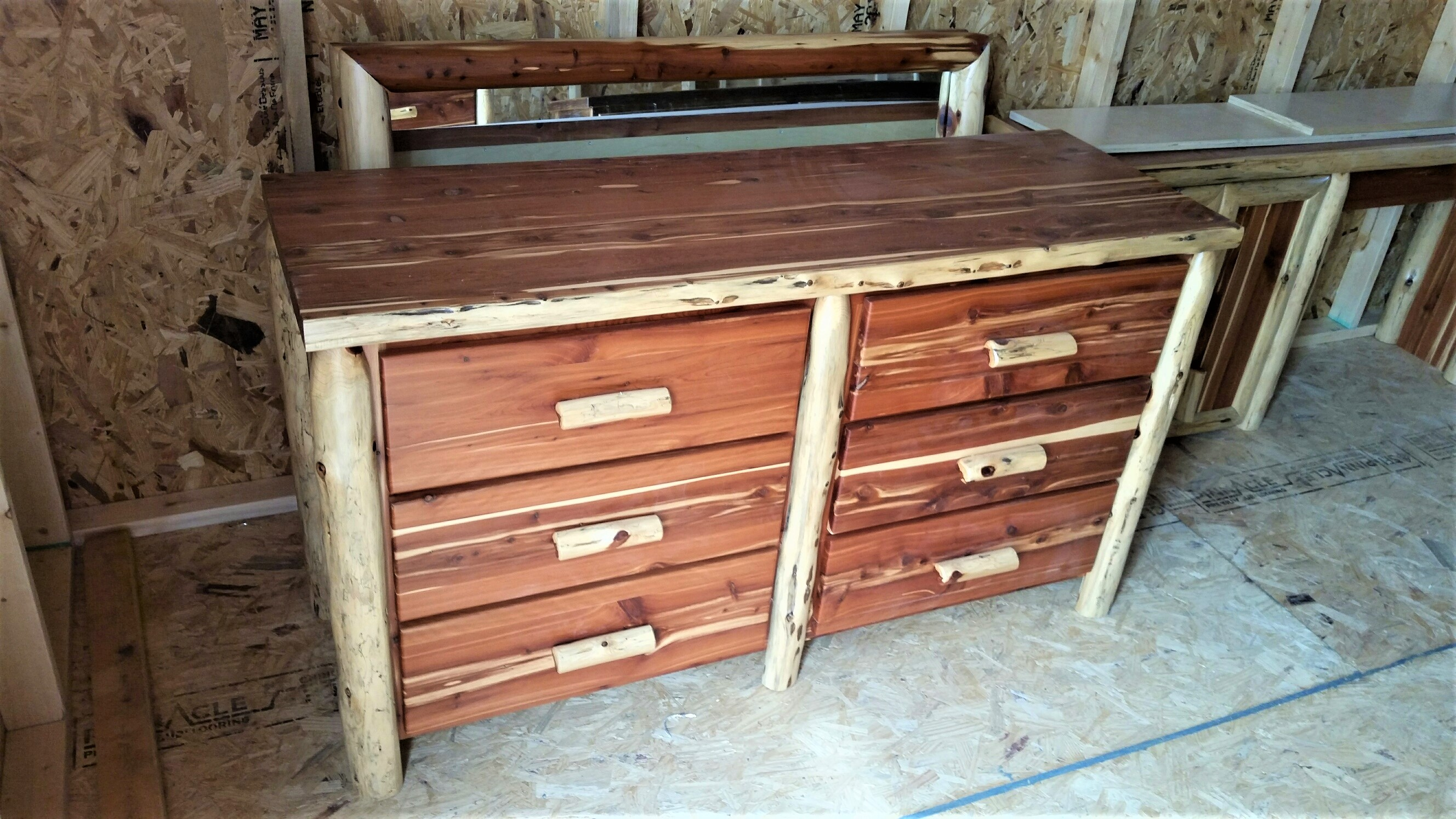Red Cedar 6 Drawer Dresser W/ Mirror