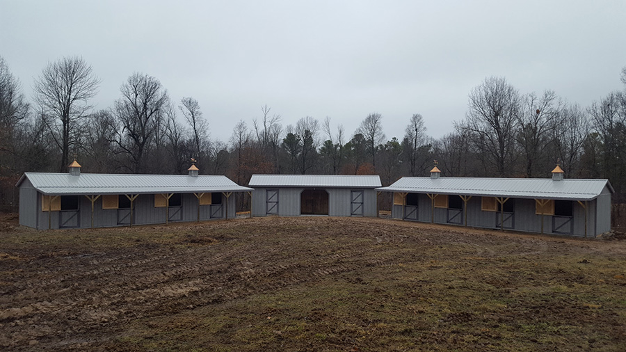 mennonite-horse-barn-stalls-for-sale